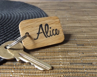 Personalised Keyring - Oak wood keyring - Personalised keychain - Name keyring - Friend - Family - Gift for her - Gift for him