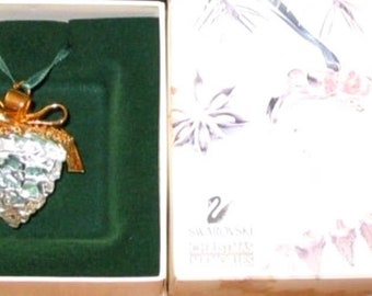 Swarovski Crystal Memories Pine Cone Ornament Mint In Box with Certificate