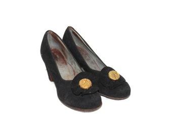Black platform shoes, 70s platform shoes, 1970s shoes, 70s shoes, vintage black shoes, vintage pumps, vintage heels, 1970s platform shoes