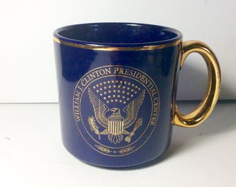 Bill Clinton colbalt blue gold gilt collectible coffee mug. Free ship to US