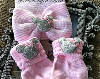 Bling mouse sock/hat set, Newborn baby girl pink and white bow hospital hat w/matching socks adorned silver mouse w/pink bow