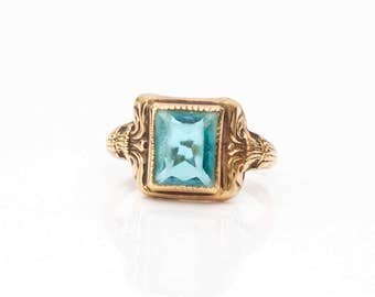 Circa 1920s Deco Emerald-Shape Bezel-Set Blue Glass, Crafted in 10K Yellow Gold Ring, ATL #586
