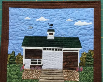 Barn quilted wall hanging