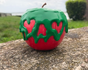 Snow White's Traditional Poisoned Apple