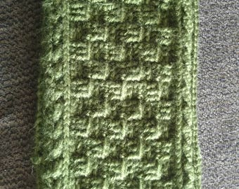 Crochet Celtic Cabled Cowl