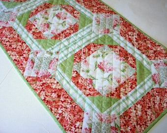 Flowered Table Runner Quilted Pink Green Quiltsy Handmade FREE U.S. Shipping