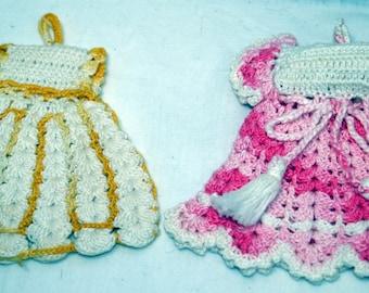 Crocheted Dress Pot Holders set of 2