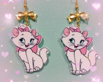 The Aristocrats Marie The Cat Plastic Drop Earrings With Bows