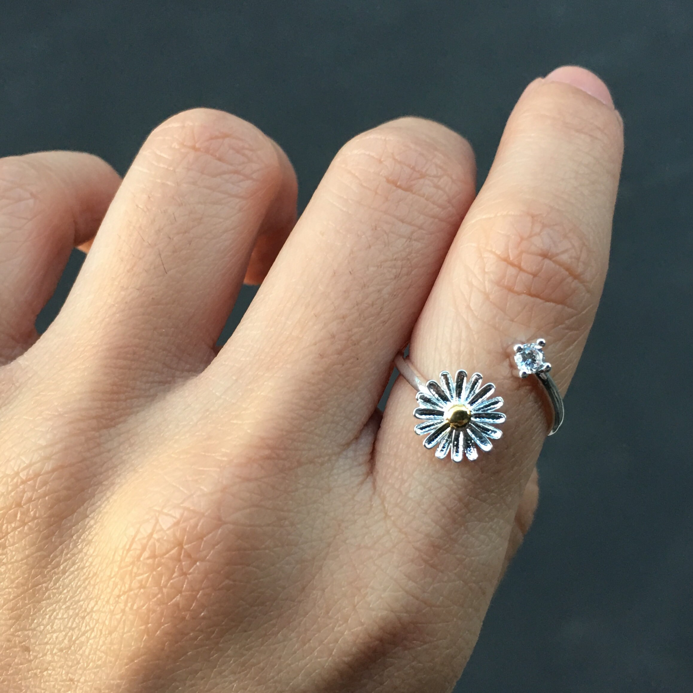Sterling silver flower ring spring ring daisy ring zoom izmirmasajfo Image collections