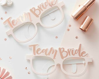 Team Bride Pink and Rose Gold Hen Party Glasses, Hen Party Accessories, Bride To Be, Bridal Shower, Hen Party Props, Miss To Mrs, Team Bride