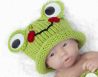 Frog Newborn Crochet Hat, Newborn Frog Baby Boy Frog, Newborn Frog Hat, newborn photo prop, crochet baby frog Hat