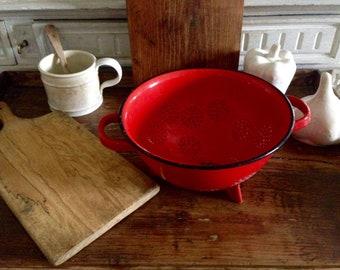 Vintage enamel strainer / 1950's French kitchen