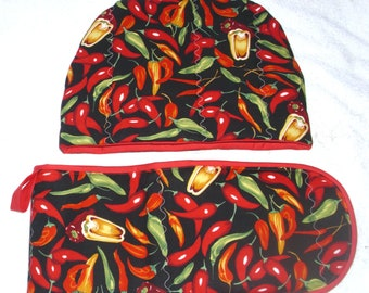 In the Kitchen Hot Chilli Peppers Tea cosy and Oven gloves