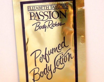 Vintage 1980s Passion by Elizabeth Taylor 0.18 oz Perfumed Body Lotion  Sample Packet