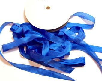Blue Seam Binding, Hug Snug Seam Binding 1/2 inch wide x 10 yards, Sulphur Blue Ribbon