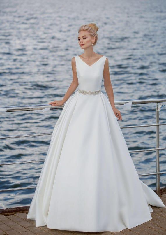modern wedding gown modern wedding dress elegant wedding dress
