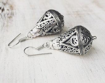 SALE Indian Droplet Earrings, Tribal Earrings, Silver Earrings, Filigree Earrings, Tribal Bellydance Jewellery, Boho Earrings, Gypsy Jew