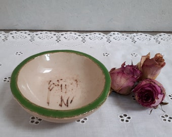 Ceramic Soap Dish Bowl