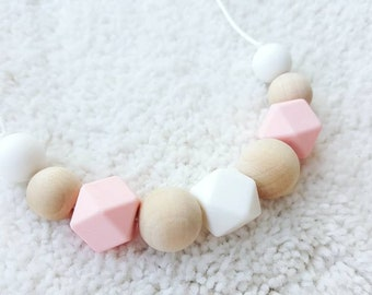 Wooden Teething Necklace for mom, wooden nursing necklace, silicone and wood chew beads necklace, wood breastfeed necklace, baby shower gift