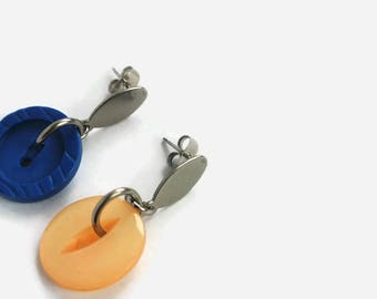 Dangling earrings made of recycled button orange earring, blue earring, recycled button, stainless steel