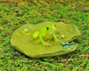 Lily Pad and Frog, Fairy Garden Frog, Tiny Dragonfly, Fairy Garden Accessory, The Fairy Garden