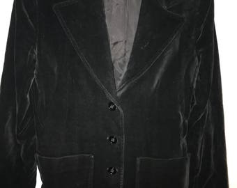 Vintage black velvet fully lined jacket