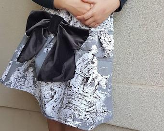 Vintage families Size 8 skirt with velvet bow