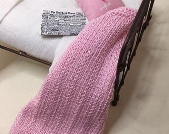 Shabby Chic Handmade Miniature Dollhouse Small Bed Throws - Hand Knitted  - Light Pink