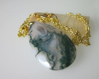 Agate Necklace, Moss Agate Gemstone Pendant, Semiprecious Stone Jewelry, Green Pendant, Teardrop Shaped, Minimalist Necklace,  Agate Jewelry