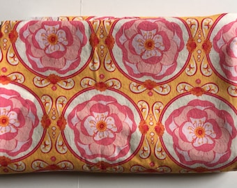 "Michael Miller ""Chain Flower"" Fabric 1.5 YARDS"