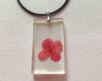Red Hydrangea Flower Pendant Resin Necklace