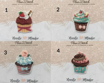 Scrumptious Cupcakes (4/5) Needleminder/Magnet for Cross Stitch/Embroidery