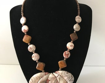 MEXICAN CRAZY LACE Stone Necklace and Earring Set; Free Shipping; Item #1308