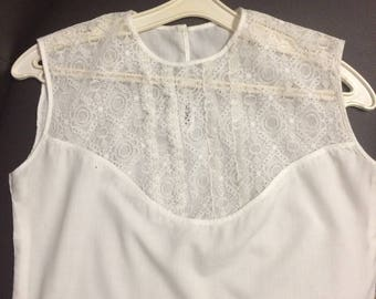 Vintage blouse, sleeveless blouse, white cotton blouse light top, vintage clothing Summer blouse Ivory blouse Lace blouse Transparent blouse