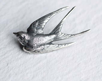 Swallow Bird Brooch... Silver Vintage Antique Sparrow