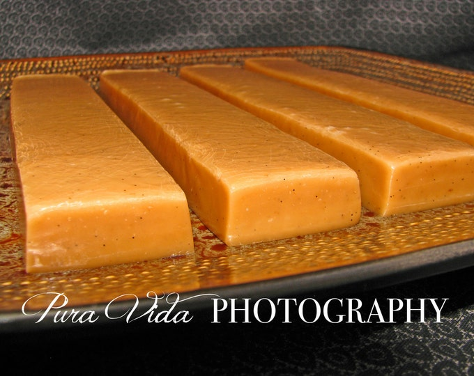 Vanilla Bean Caramels - Great for WEDDING, BRIDAL, BABY Showers, Birthday, Party, Mother's Day, Father's Day, Graduation Gifts