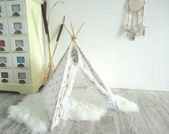 Pet teepee including fake fur rug or pillow. White/gold. Geometric. Dog house. Cat bed. Tipi. Pet home. tepee wigwam