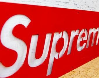 Supreme NY Logo sign