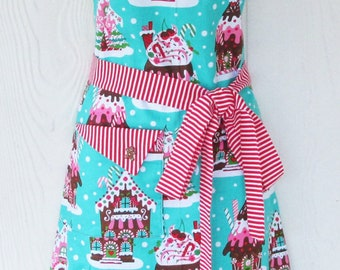 Gingerbread House Apron, Retro Apron, Christmas Apron, Gingerbread Men, Peppermint Stripes, Vintage Style, KitschNStyle