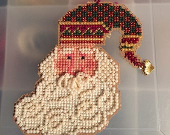 Charming Santa Claus Ornament with Beads