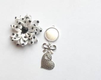 x support metal 18 mm, bow tie and heart cabochon pendant