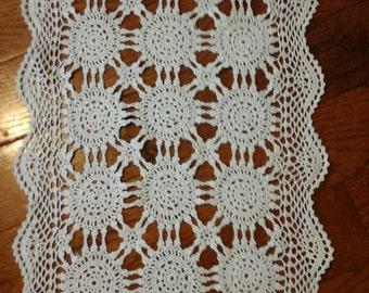 Crochet Doilies Vintage Linens Assortment