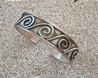 Unique Hand Made Sterling Silver Bracelet with ancient Greek Spiral Motifs