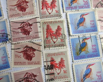 SOUTH AFRICA Stamp Collection - 30 Vintage Used Postage Stamps  - 1970 - 80s   (B29)