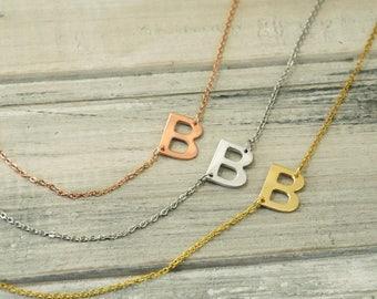 Iniciales hacia los lados, collar iniciales, collar personalizado, carta de encargo, de Dama de honor regalo