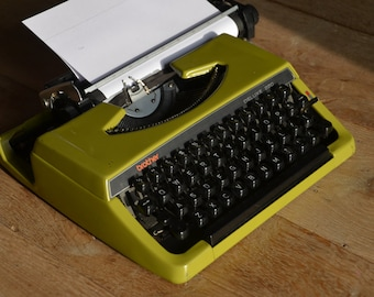 PICK A COLOR - Custom made Green brother 220 deluxe - Working Vintage Typewriter
