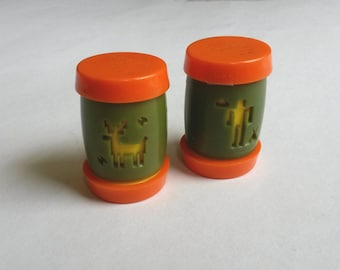 Vintage salt and pepper shakers, St. Labre Indian School salt and pepper shakers, retro pepper shakers, travel salt pepper