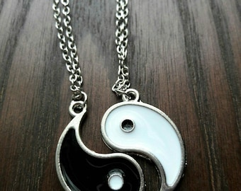Yin Yang Necklaces, Best Friends Necklaces,Harmony and Balance Necklaces, Couple Necklaces, BFF Necklaces, Gift 2pc