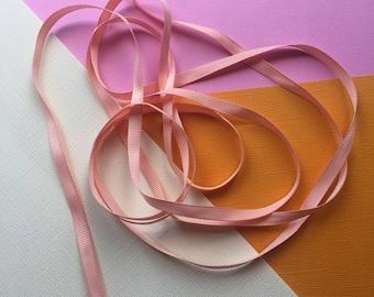 Grosgrain ribbon. Cream ribbon. Wedding ribbon. Fabric trim. Craft trim. Sewing accessories. Trim . Fabric trim. Scrapbooking. Craft