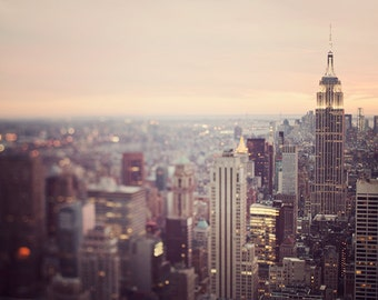 "New York Skyline Art, New York Print, Travel Gift, Travel Photography Print, NYC Print, Empire State Building, NYC Art ""On the Town"""